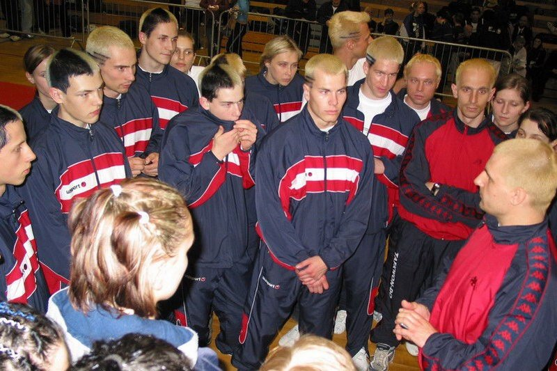 Team meeting before the competition (European Championship 2005, Ireland)