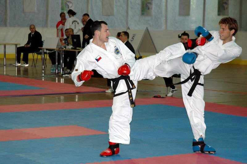 Sparring - 85 kg against Rory de Vries (World Championship 2007, Slovenia)