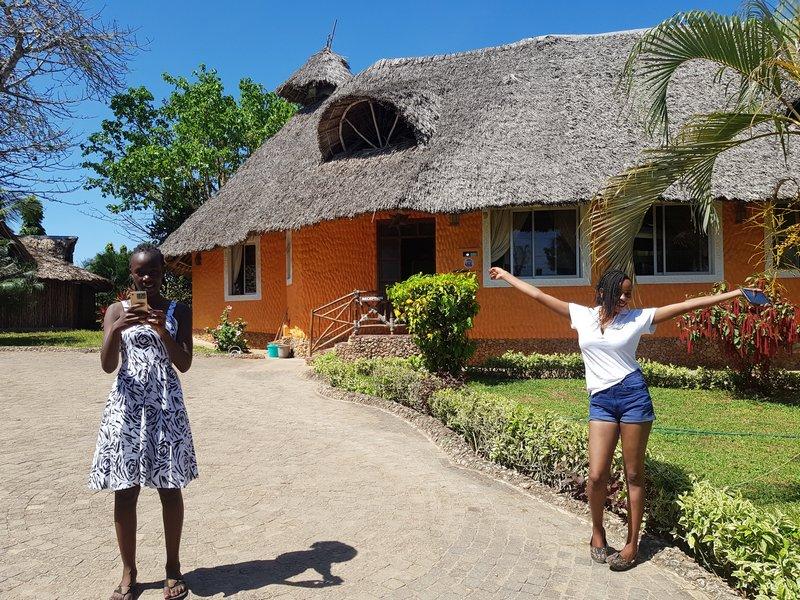 Molly a Jennifer, keňanské modelíny, Kenya
