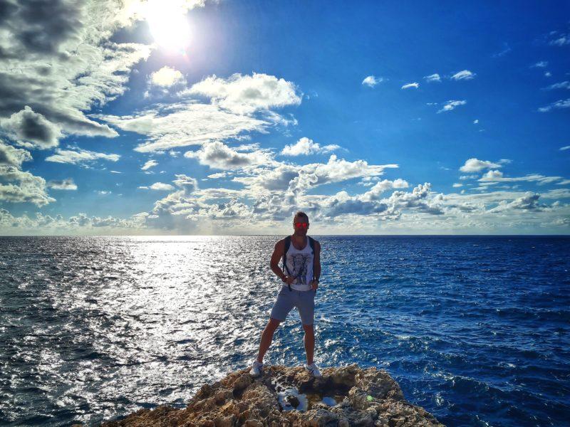 Michal Košátko on the cliffs, Malta